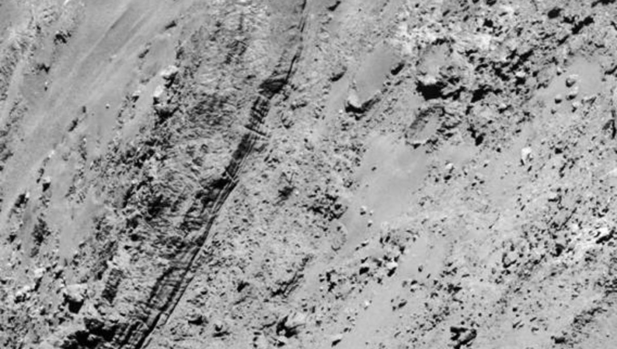 rosetta_feb14_closeup_layers.jpg.CROP.rectangle-large_0.jpg