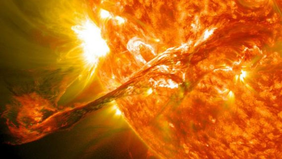 sdo_eruptive_filament_590.jpg.CROP.rectangle-large_0.jpg