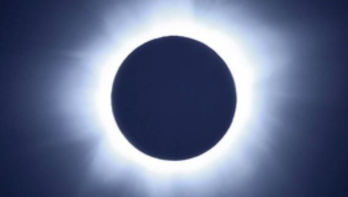 solareclipse_fromballoonvideo.jpg.CROP.rectangle-large.jpg