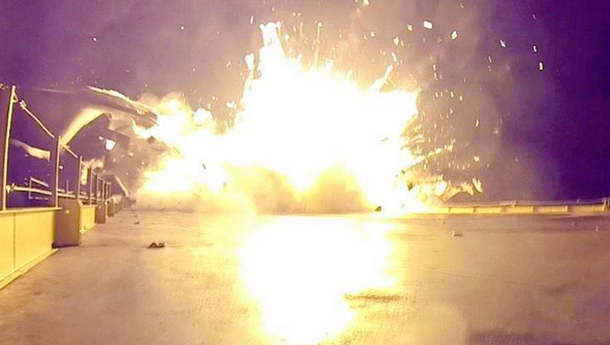 spacex_booster_crash1_0.jpg