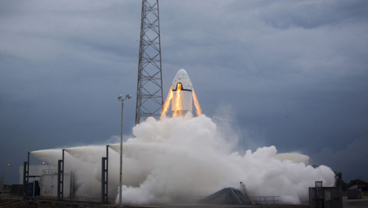 spacex_dragon_pad_abort_launch_1.jpg