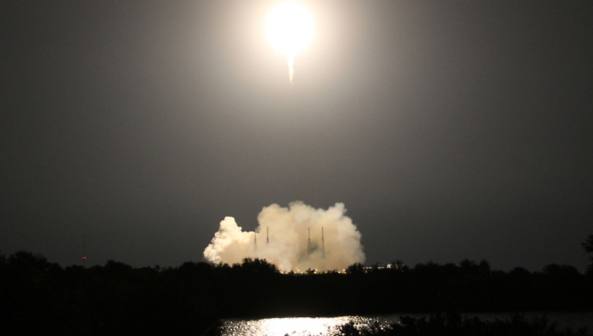 spacex_launch_resupply5_0.jpg