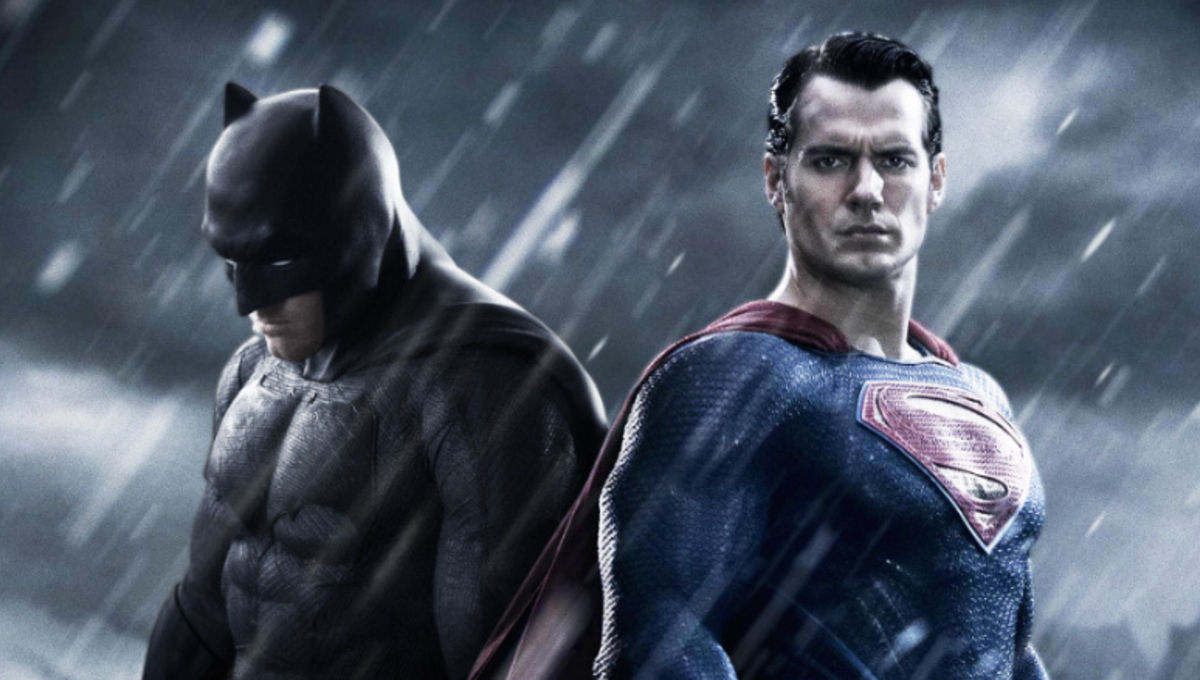 batman_v_superman__dawn_of_justice_poster_ben_affleck_Henry_cavill_0.jpg