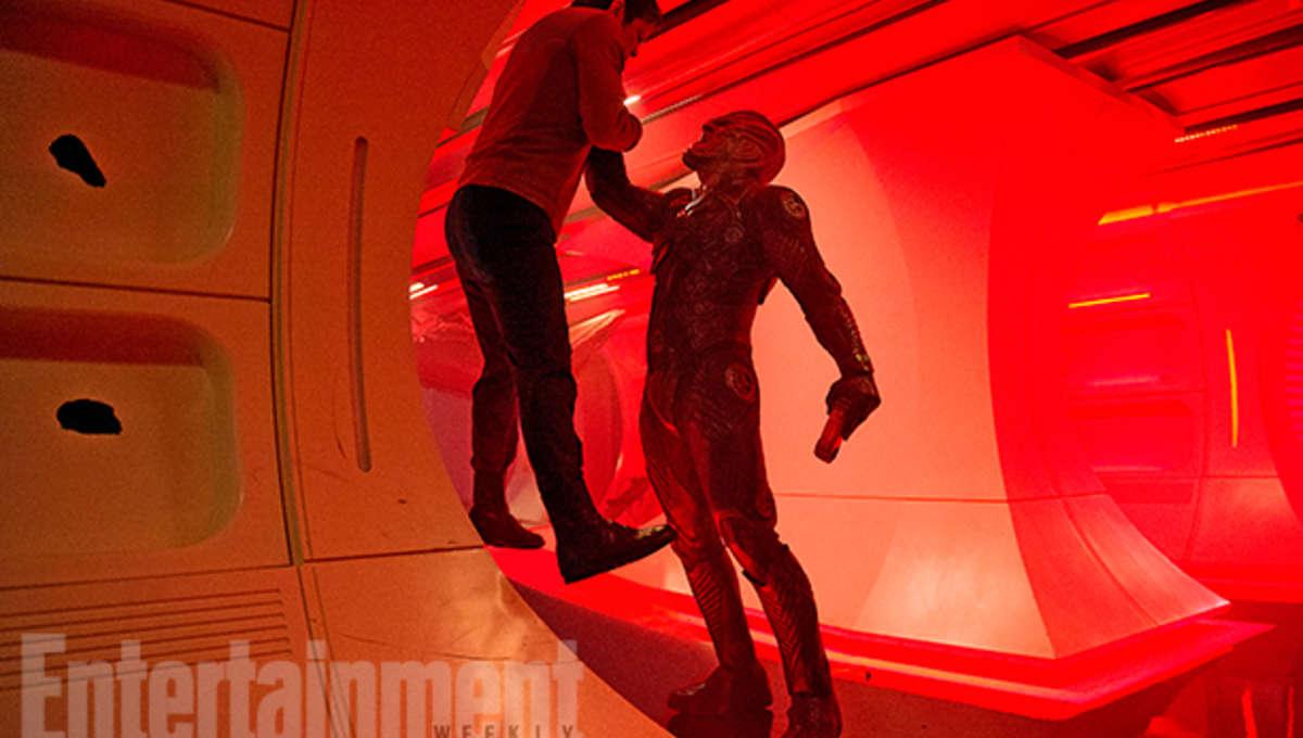 Idris-Elba-Star-Trek-Beyond.jpg
