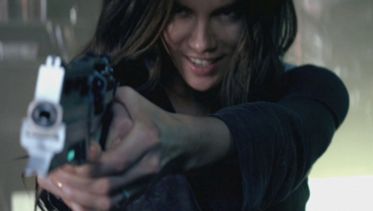 Total Recall S 3 Breasted Hooker She Was Almost Kate Beckinsale