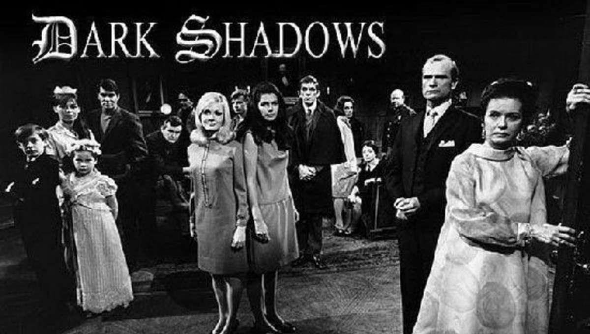 Dark_Shadows_z.jpg