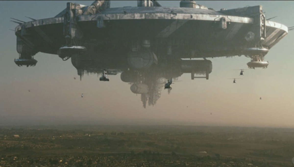 District9Review3_0.jpg