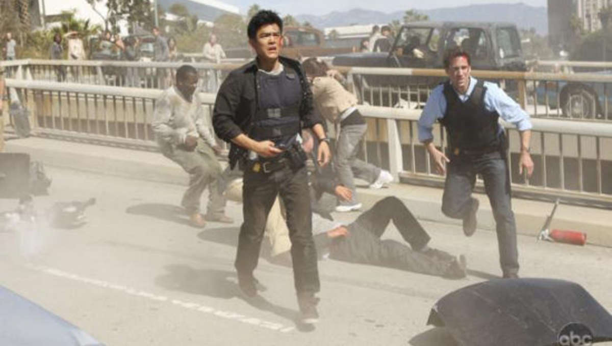 FlashForward_Fiennes_Cho_disaster.jpg