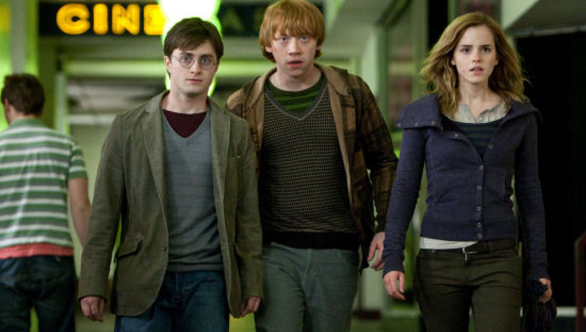 Harry_potter_Deathly_Hallows_USAToday_0.jpg