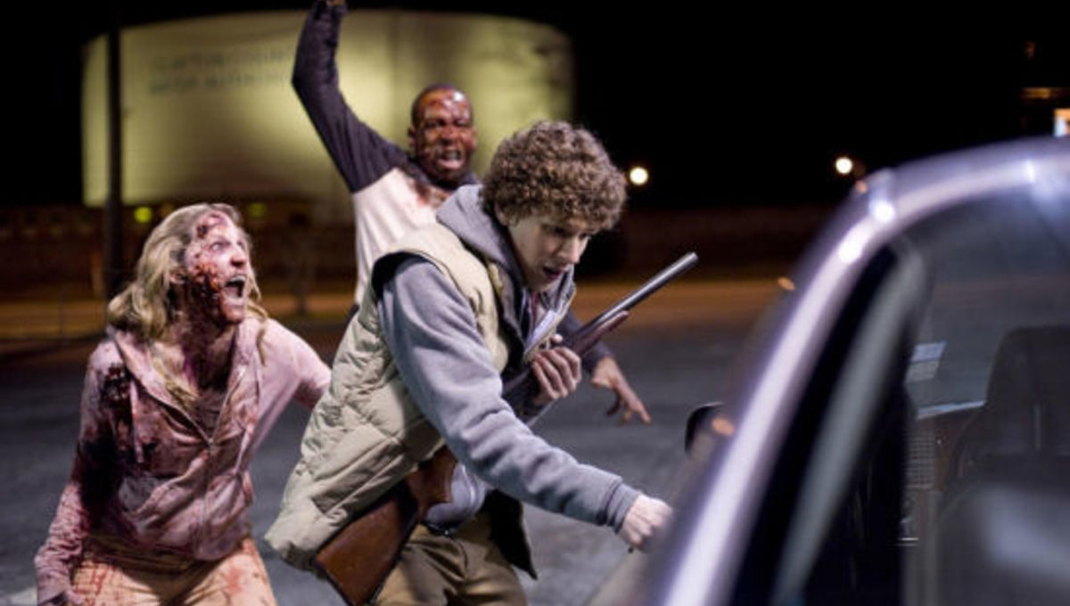m_zombieland_eisenberg_zombie_attack.jpg