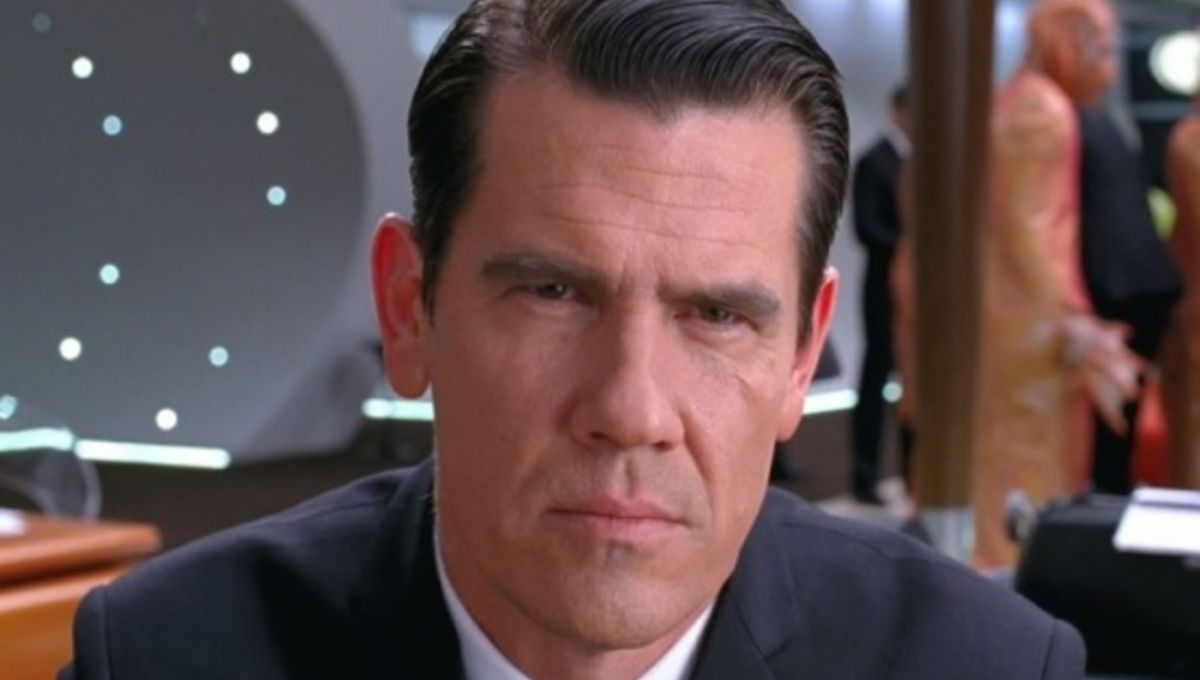 men_in_black_josh_brolin_cu.jpg