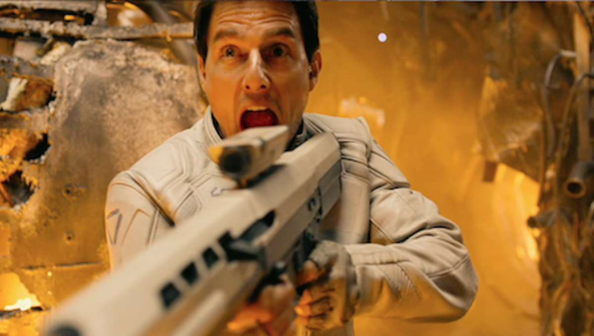 oblivion-tom-cruise-2.png
