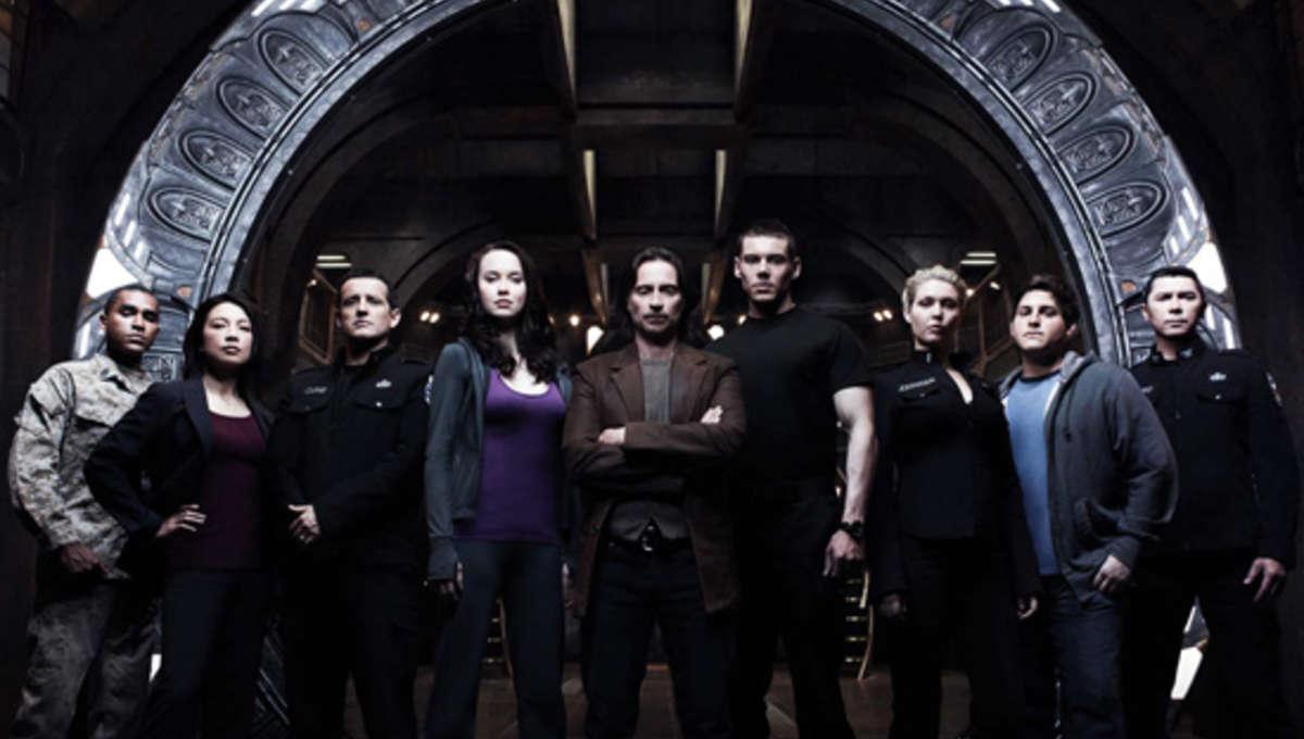 StargateUniverseCast.jpg