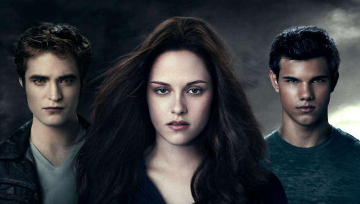 Twilight_Eclipse_poster_thumb.jpg