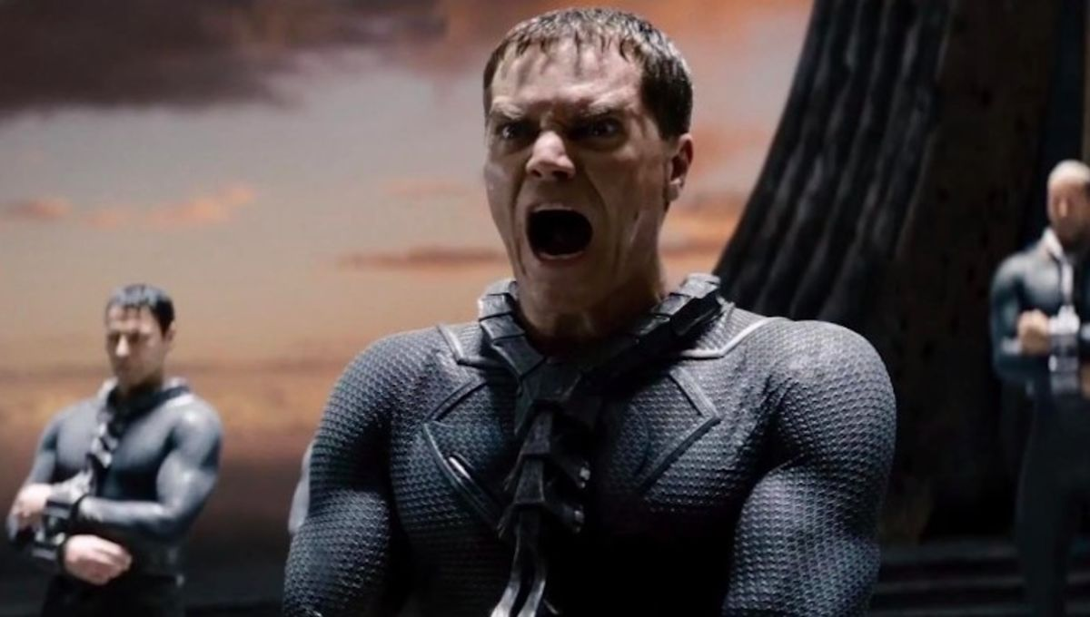man-of-steel-trailer-zod.jpg