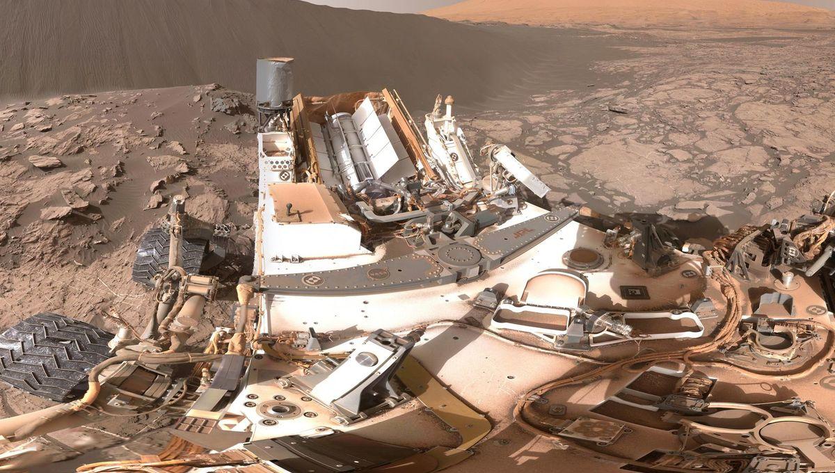 mars_rover_dune_0.jpg