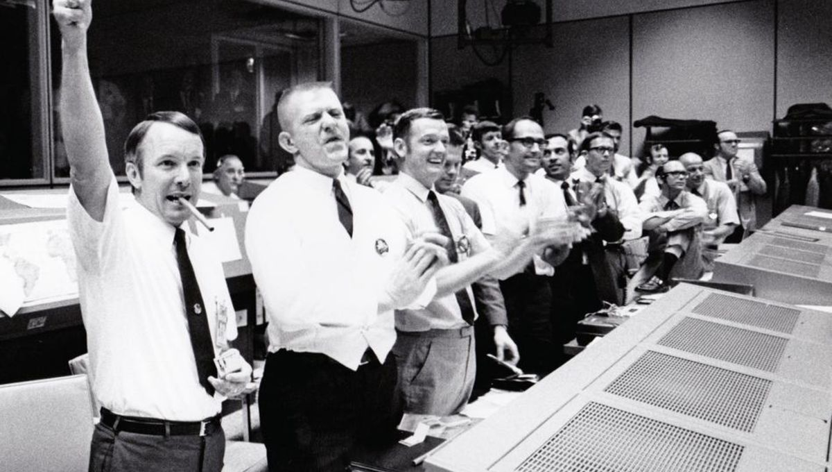 mission-control-the-unsung-heroes-of-apollo-F70309.jpeg