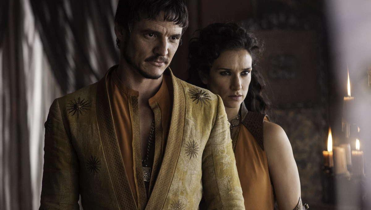 Pedro-Pascal-as-Oberyn-Martell-Indira-Varma-as-Ellaria-Sand_photo-Helen-Sloan_HBO.jpg