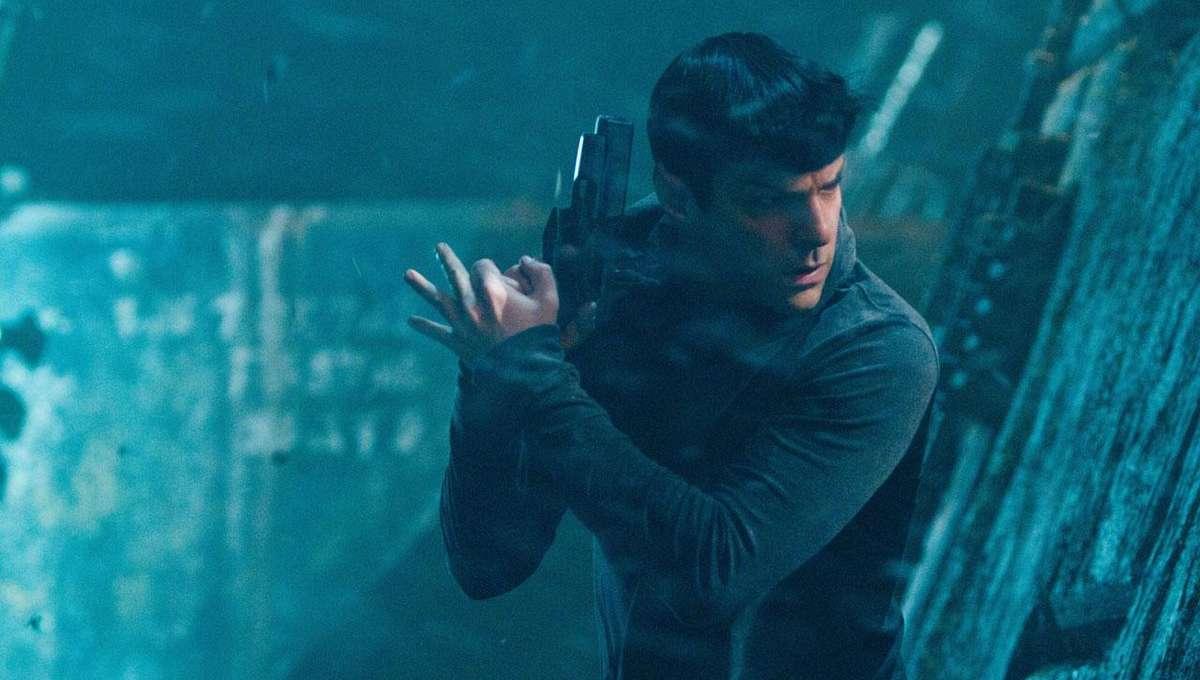 Spock-Star-Trek-Into-Darkness-11_0.jpg