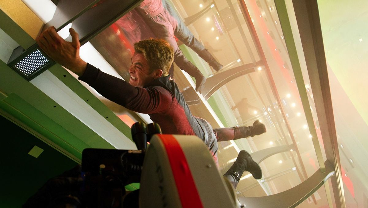 star-trek-into-darkness-chris-pine3.jpg