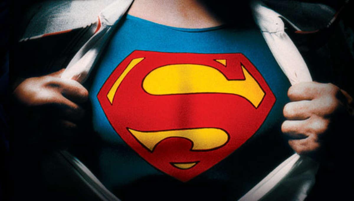 Superman-suit.jpg
