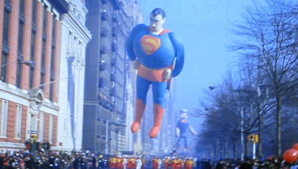 supermanballoon.jpg