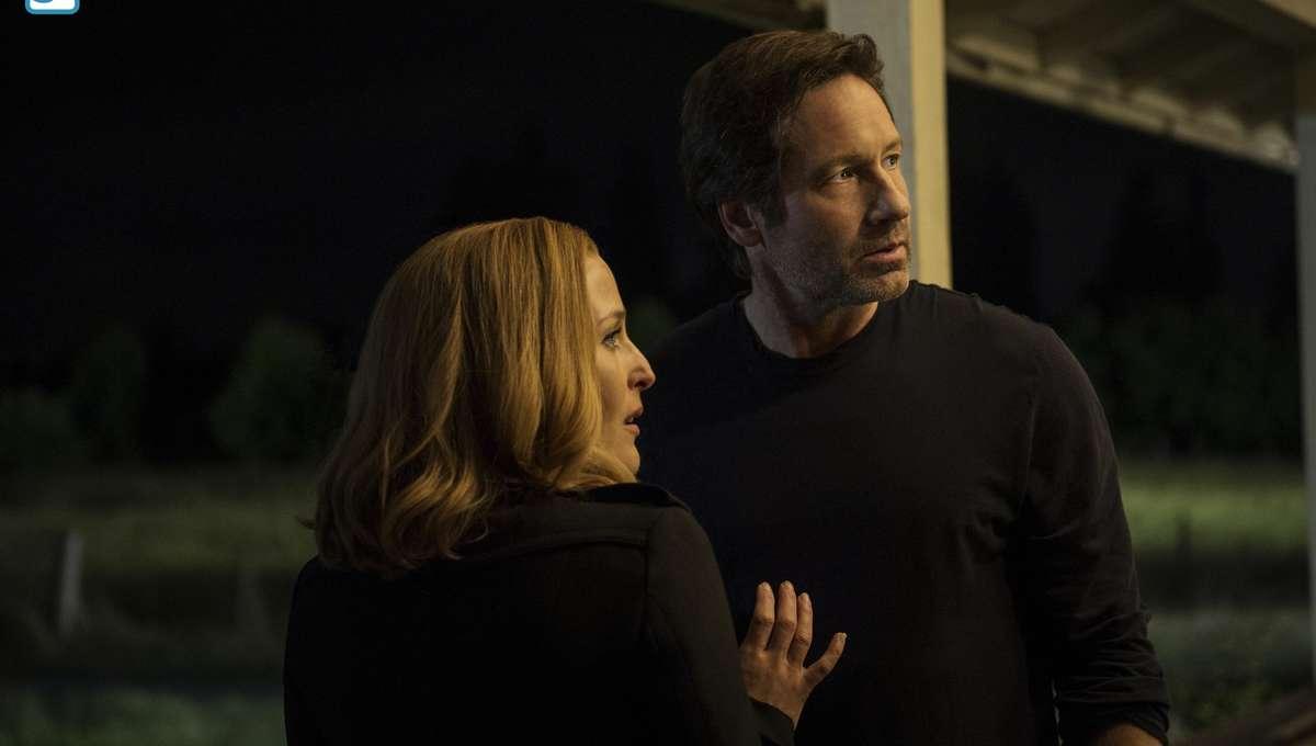 X-Files-Ep1-6_0.jpg