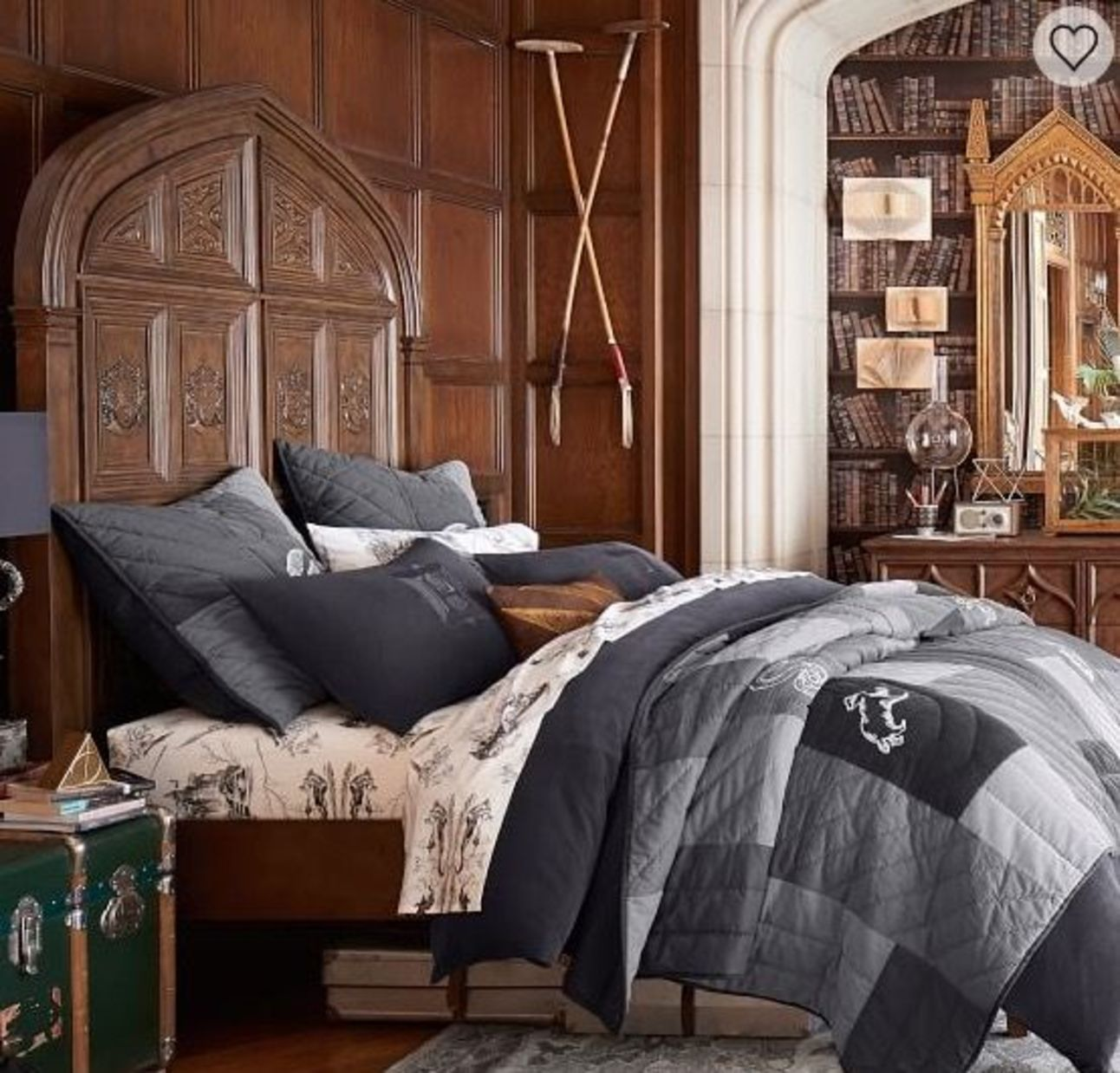 harry_potter_great_hall_bed