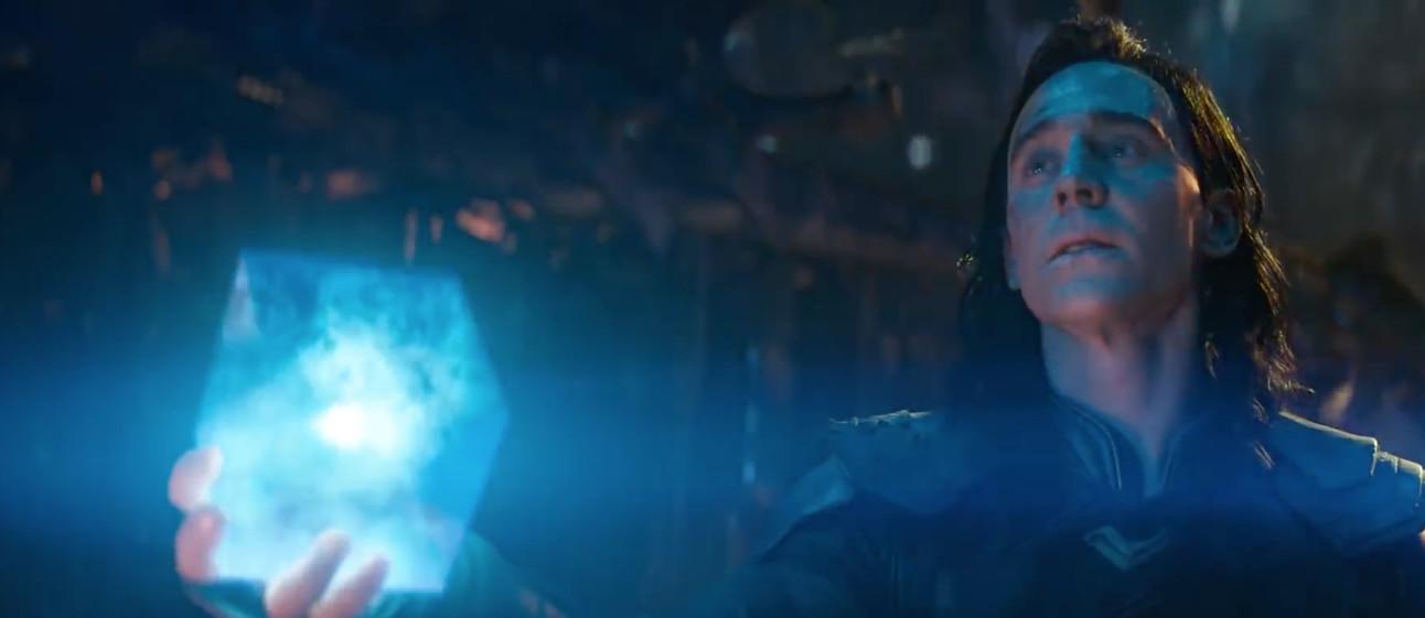Avengers: infinity War- Loki with Tesseract