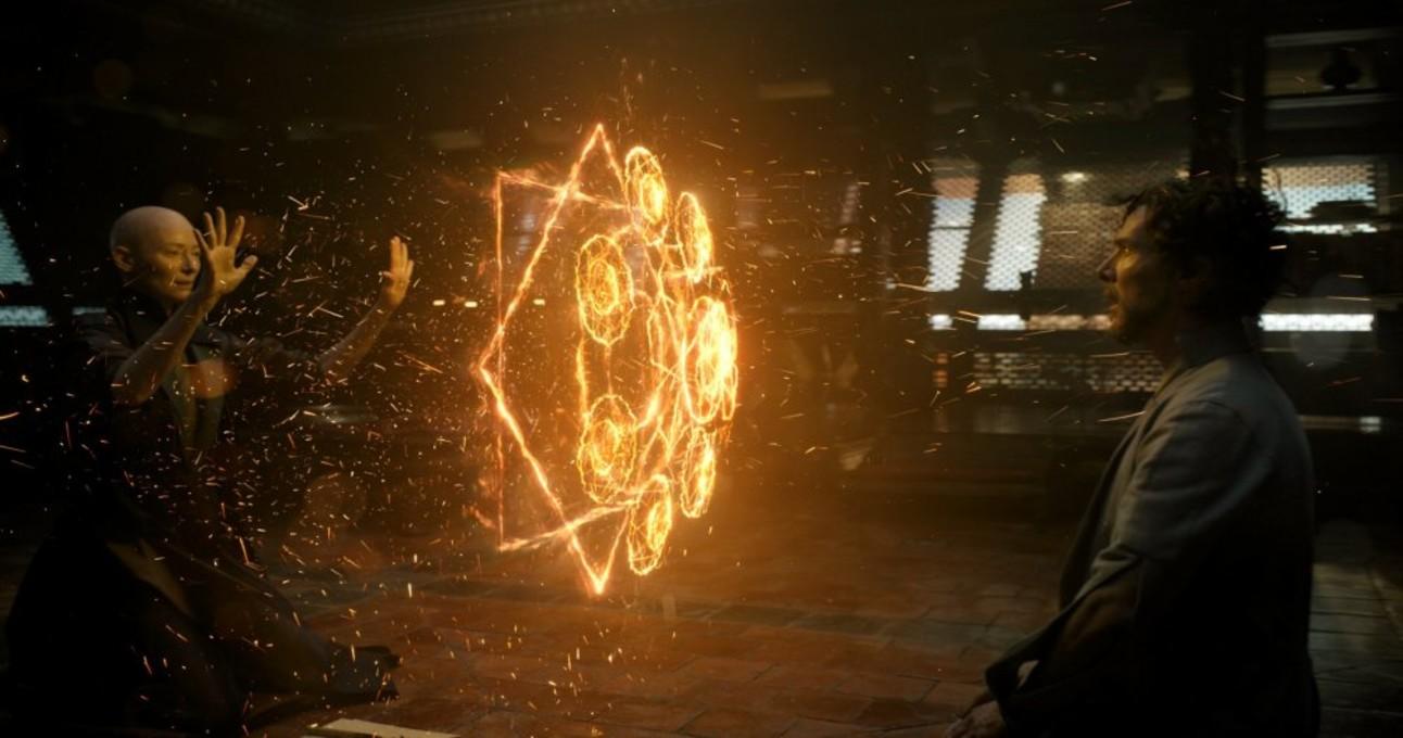 doctor-strange-2016-003-ancient-one-fire-pattern-towards-strange.jpg