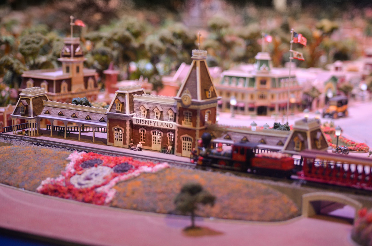 Imagineering-Disney_WDFM-Disneyland-Model_Main-Street-1.jpg