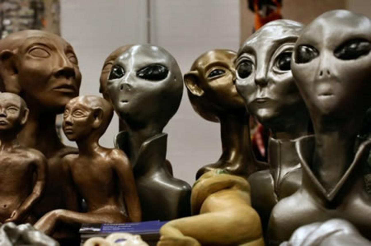 a97122_alien.jpg