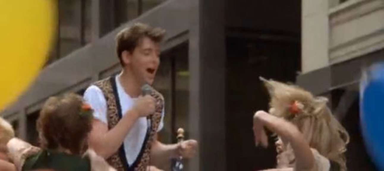 Ferris_Bueller_twist_and_shout.jpg