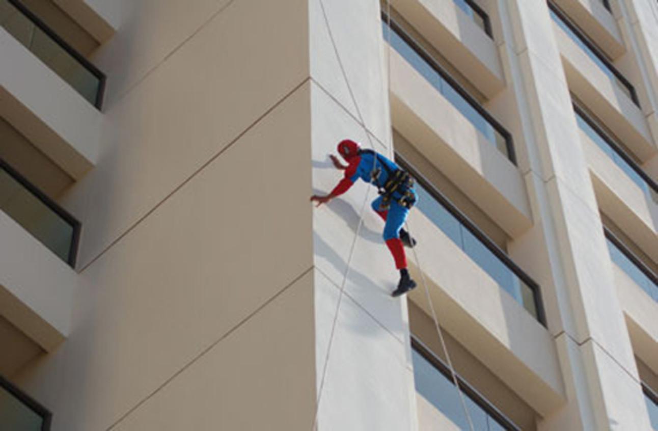 SpiderManWindowWasher.jpg