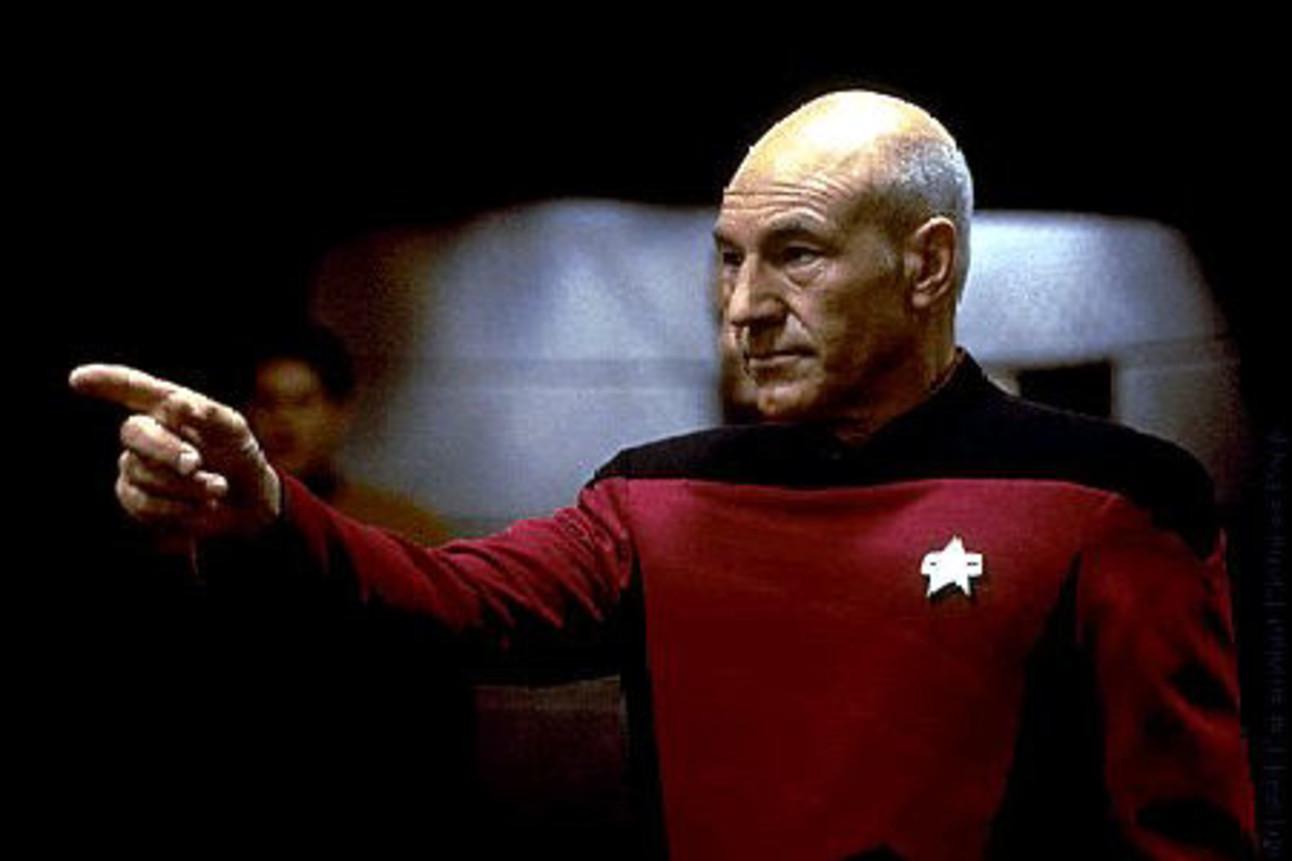 Star_Trek_Stewart_Picard.jpg