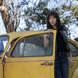 Hailee Steinfeld and Jorge Lendeborg Jr. in Bumblebee