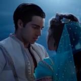 "Disney Aladdin TV Spot ""Connection"""