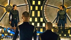 Star-Trek-Discovery-transporter-bay-EW.png
