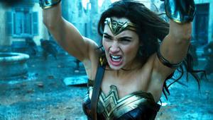 Wonder-Woman-Throw.png