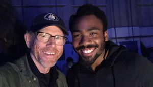 Ron-Howard-and-Donald-Glover-Han-Solo-set.jpg