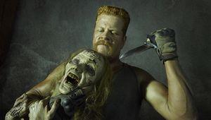 the-walking-dead-the-walking-dead-view-michael-cudlitz-abraham-knife-zombie.jpg