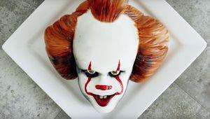 koalipops pennywise cake.jpg