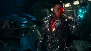justice-league-featurette-cyborg-screengrab-syfywire.png