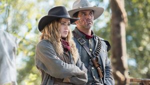 legends-of-tomorrow-jonah-hex-sarah.jpg