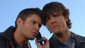 supernatural-season-1-jared-padalecki-and-jensen-ackles-34021383-2000-1354.jpg