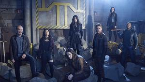 agents of shield season5 team shot