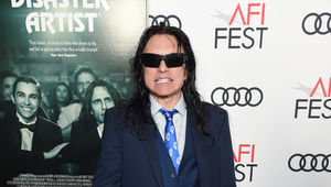 tommy-wiseau-disaster-artist-room