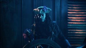 legends_of_tomorrow_pirates.jpg