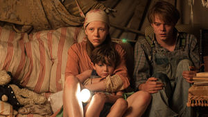 Marrowbone - Charlie Heaton, Mia Goth