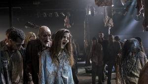 The Walking Dead episode 814 - Zombie horde